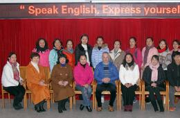 我院举办英语沙龙,提高医务人员外语水平