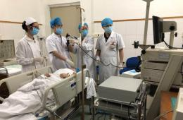 工人医院呼吸内科完成第一例支气管镜下支气管肿物切除术