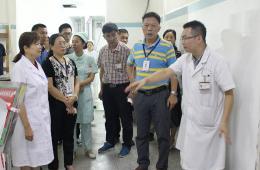 """市工人医院开展""""创卫""""工作大检查 进一步改善就医环环境"""